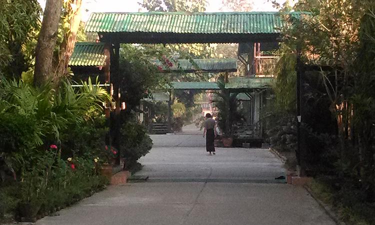Shwe Ooh Min est un monastère dans la tradition des moines de la forêt en Birmanie