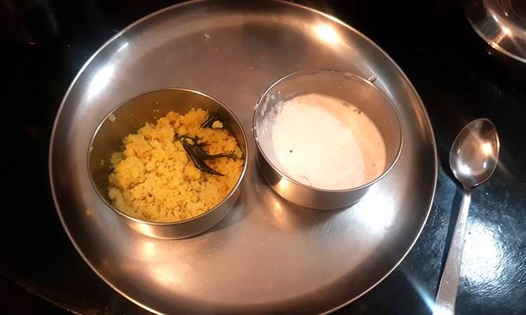 Les repas sont conçus pour aider la cure pendant le panchakrama.